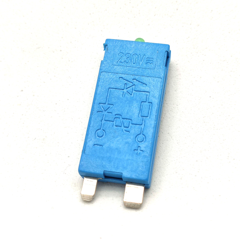 Alicate Multifunci?n Albainox 84 usos mango aluminio y hoja de acero inoxidable de 17.5 cm incluye estuche nylon 33275